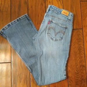 Levi's 524 Too Super Low. Size 3 M.